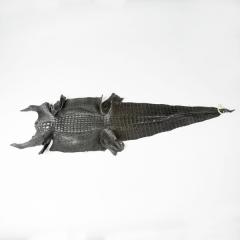 鹹水背紋亮彩軟骨鱷魚皮 黑色 40CM