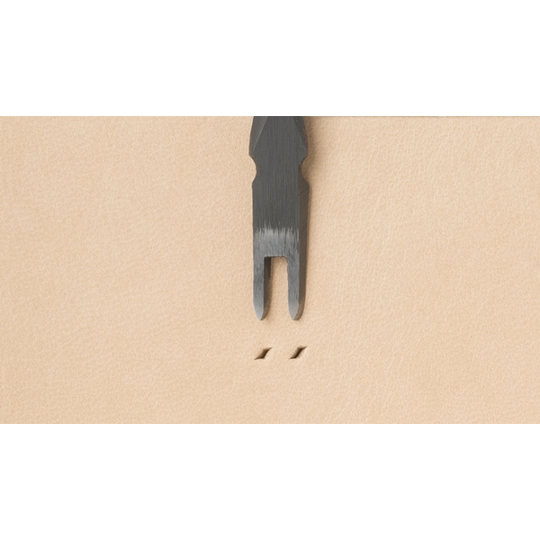 Japanese E European Style Chisel: Width 1.2mm / Pitch 4.5mm (2 prongs)