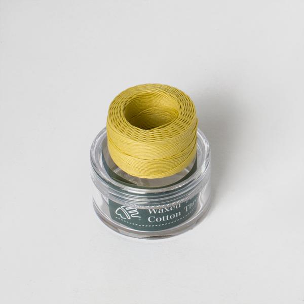 印地安手縫棉線捲 鵝黃色 含蠟 中細 0.5mmX35M