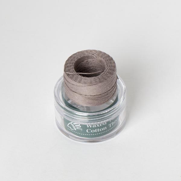 印地安手縫棉線捲 鼠色 含蠟 中細 0.5mmX35M