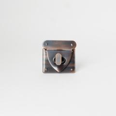 日製方鎖釦 紅銅色 40x48mm