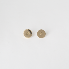 小磁釦 金色 15mm