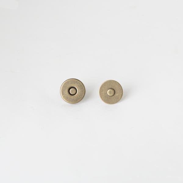 大磁釦 銅色 18mm