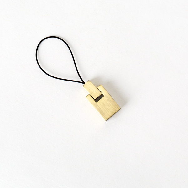 手機吊飾 銅色 F57